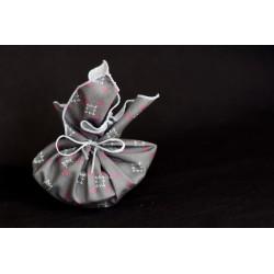savon porte-savon emballés dans un tissu en coton bio gris aux motifs de noel