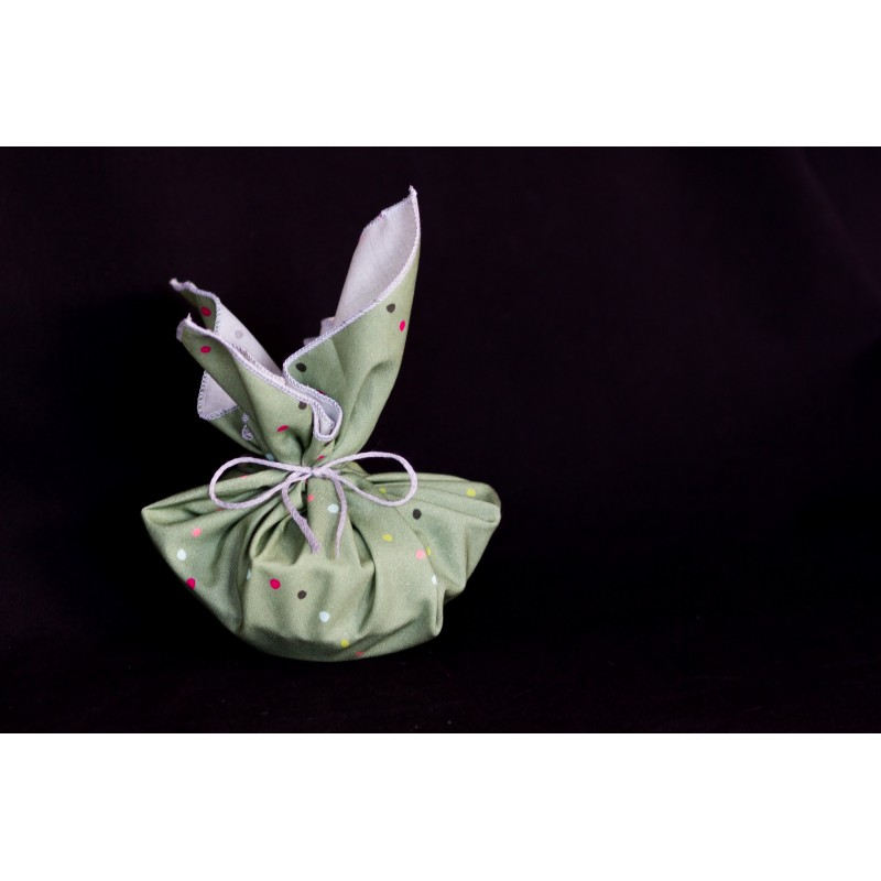 savon porte-savon emballés dans un tissu en coton bio vert pois multicolores