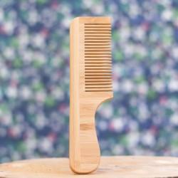 peigne avec manche en bambou
